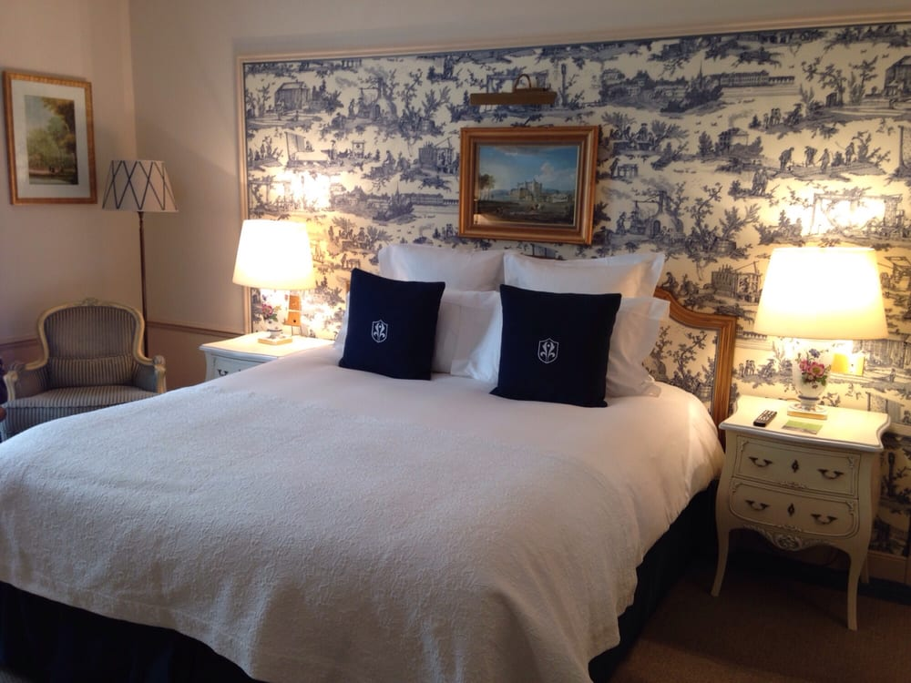 Jolie chambre bleue avec toile de jouy yelp - Chambre toile de jouy ...