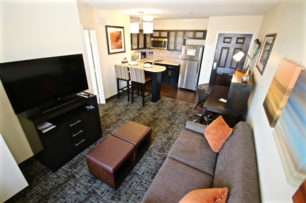 Staybridge Suites Cathedral City Golf Resort: 67711 30th Ave, Cathedral City, CA