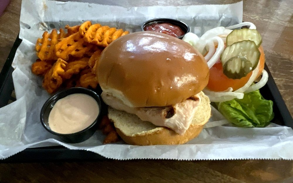 Tavern on the Moor: 1112 E 163rd St, Raymore, MO