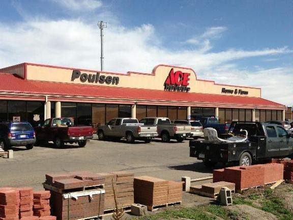 Poulsen Ace Hardware: 151 S Oak Ave, Eaton, CO