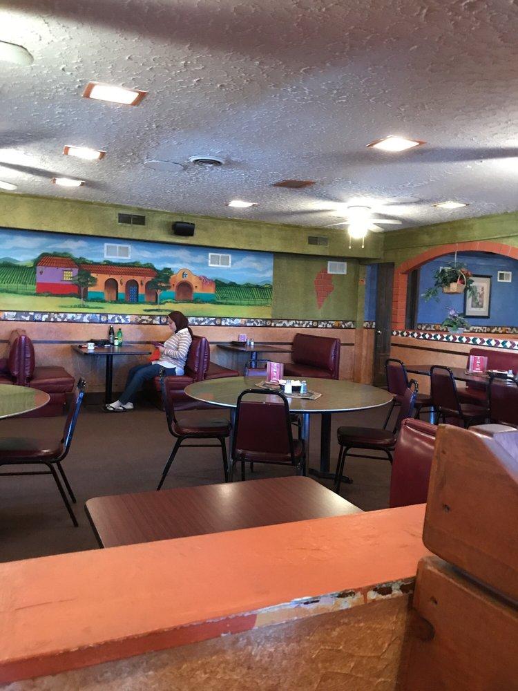 Veronas Pizza: 222 Cleburne Blvd, Dublin, VA