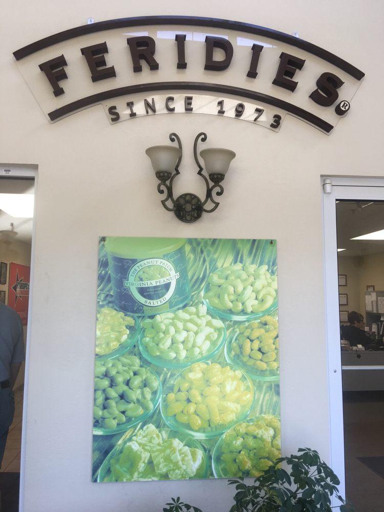 Peanut Patch Shoppe: 27478 Southampton Pkwy, Courtland, VA