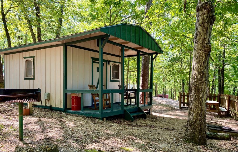 Tall Pines Campground: 5558 State Highway 265, Branson, MO