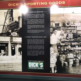 Dick s sporting goods 29 photos 25 reviews sports for Dicks sporting goods fishing