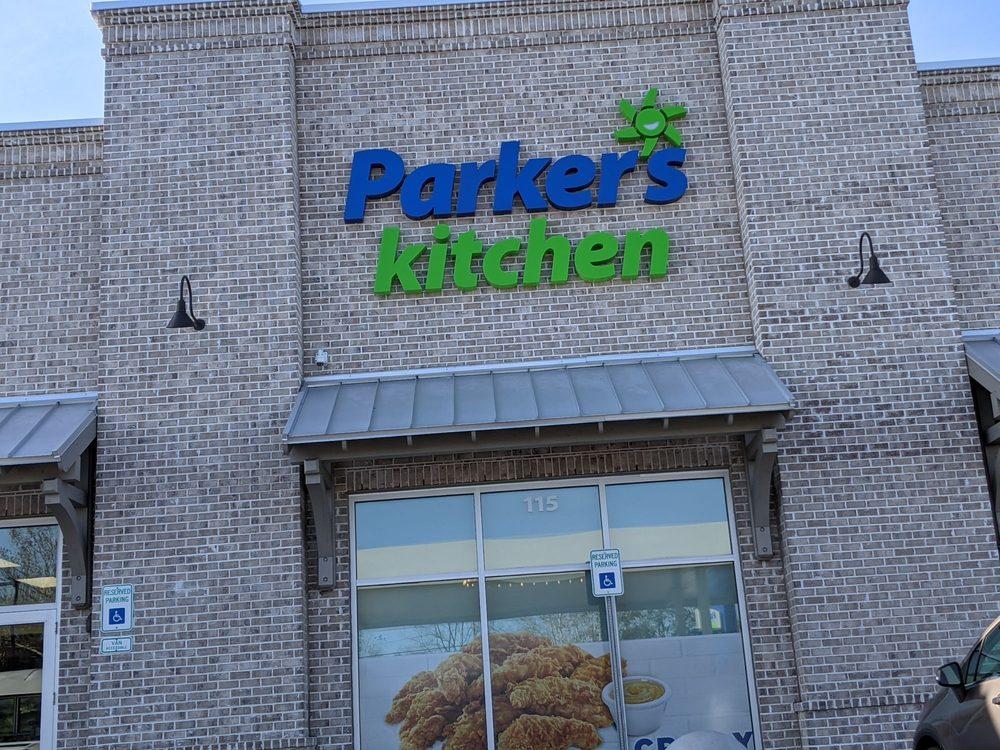 Parker's Kitchen: 1105 US-52, Moncks Corner, SC