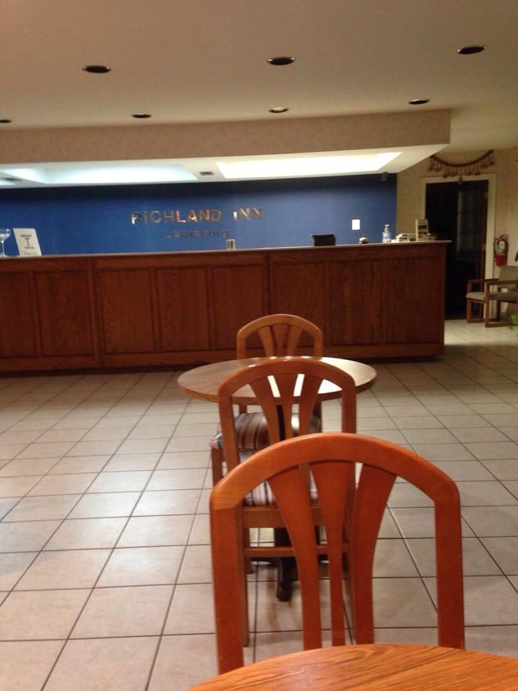 Richland Inn - Lewisburg: 723 E Commerce St, Lewisburg, TN