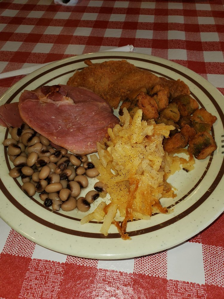 Dinner Bell: 576 Oakland Rd, Sweetwater, TN