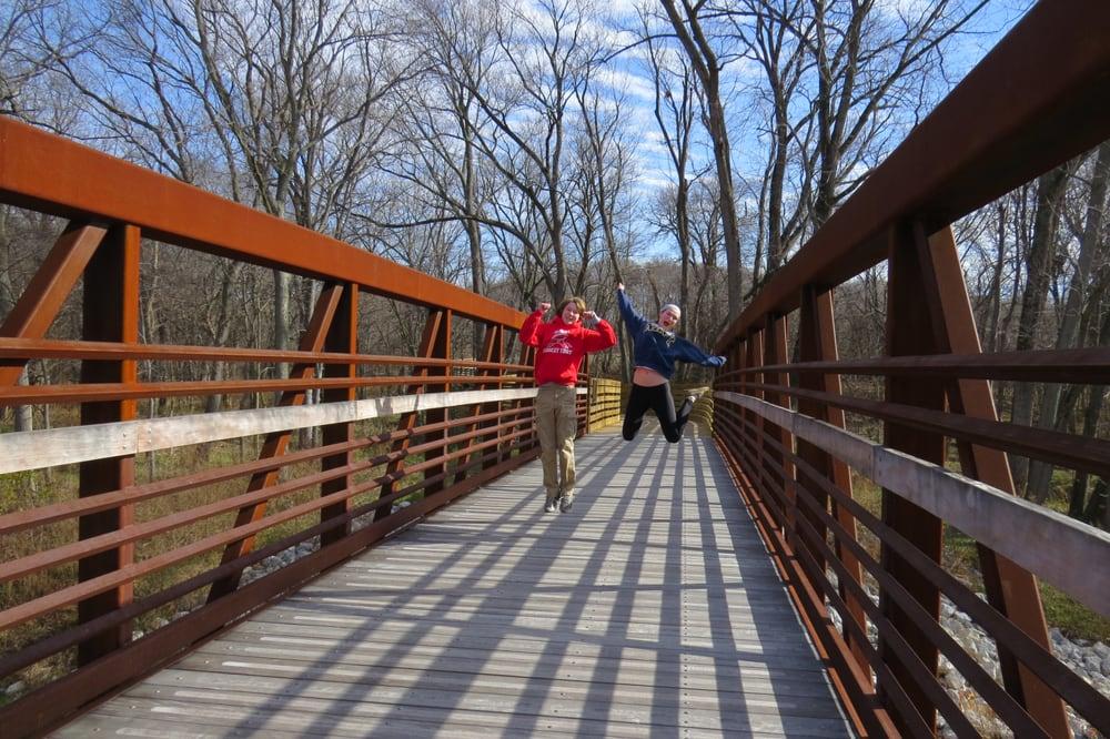 Calico Trail: South Of Effingham Performance Ctr, Effingham, IL