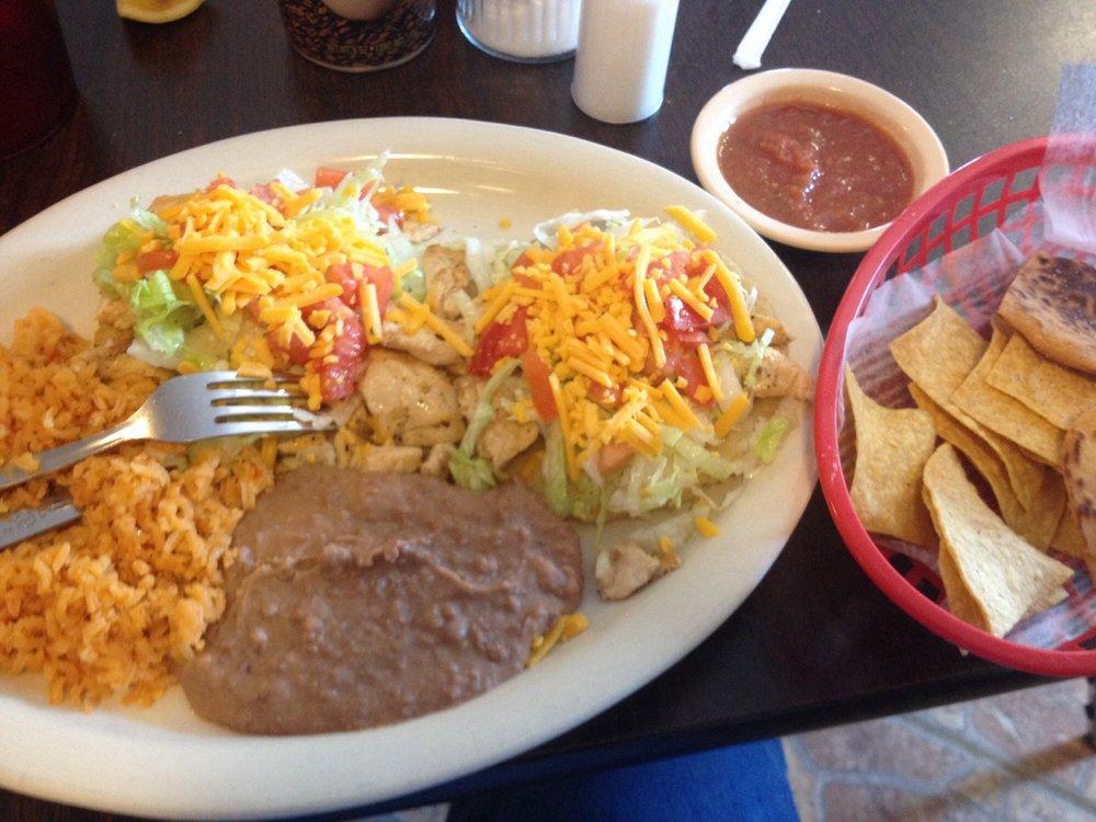 BBQ De Oro Taqueria: 324 N Commercial St, Aransas Pass, TX