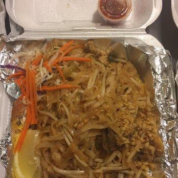 Tom yum thai restaurant 38 photos 97 reviews thai for Angel thai cuisine