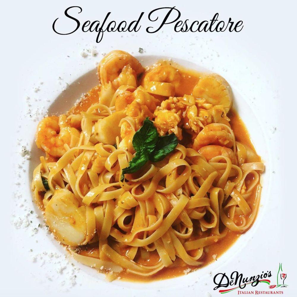 DeNunzio's Italian Restaurant - Jeannette: 700 Lowry Ave, Jeannette, PA