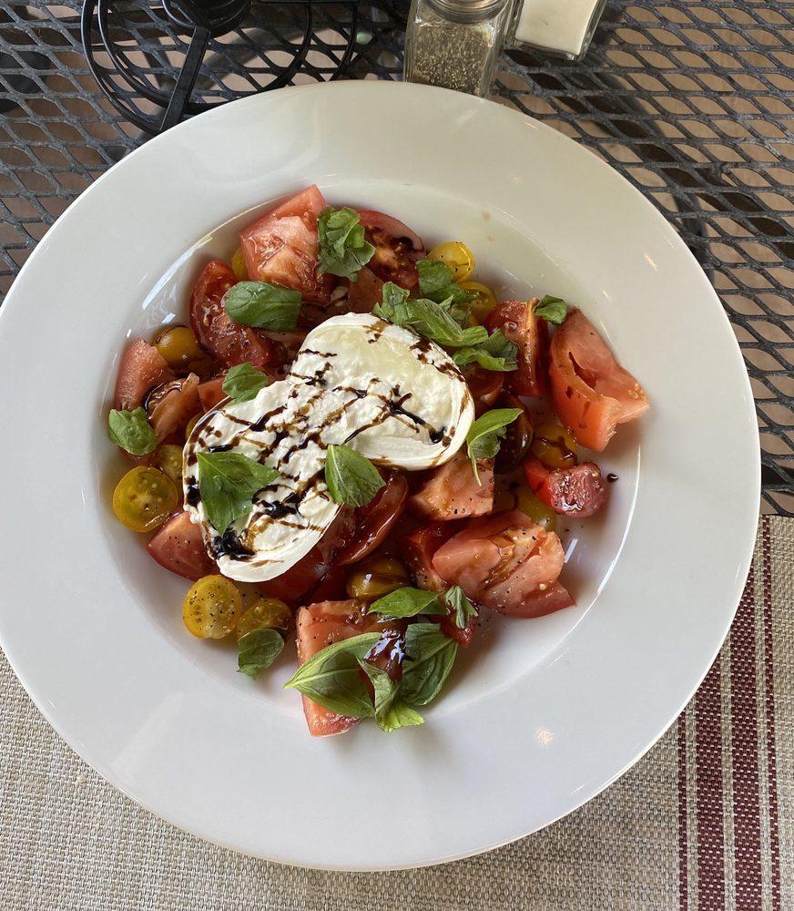 European Kitchen: 45 N Valentine St, Wickenburg, AZ