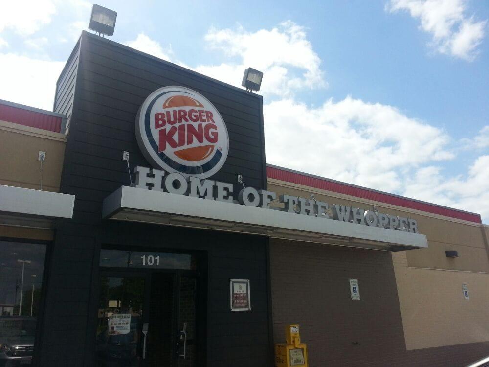 Restaurants Italian Near Me: 101 N Kaufman St, Ennis, TX