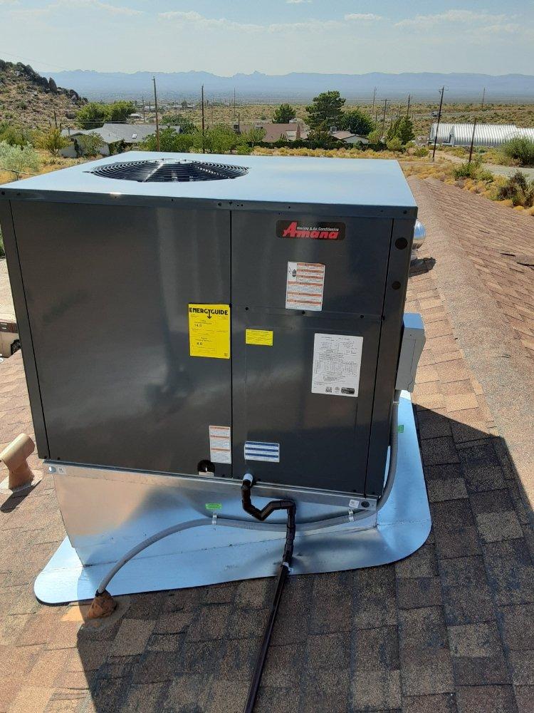 Hometown Heating & Air: Golden Valley, AZ