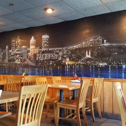 Photo Of East Port Galley Restaurant And Pub Peoria Il United States