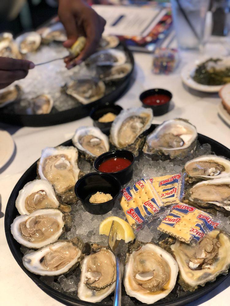 Tommy's Restaurant Oyster Bar: 2555 Bay Area Blvd, Houston, TX