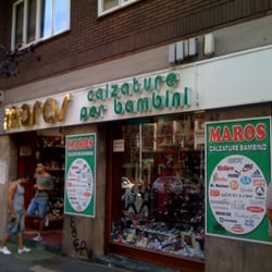 best website 251fb 447d2 Maros - Abbigliamento per bambini - Via Pascarella 42 ...