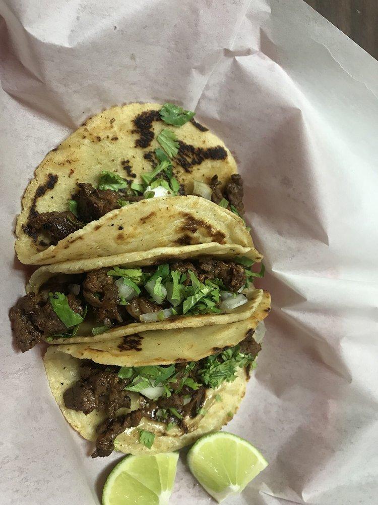 Lita's Restaurant: 327 S Marcus St, Alto, TX