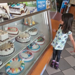 Photo Of Baskin Robbins Mississauga On Canada Lots Cakes To Choose