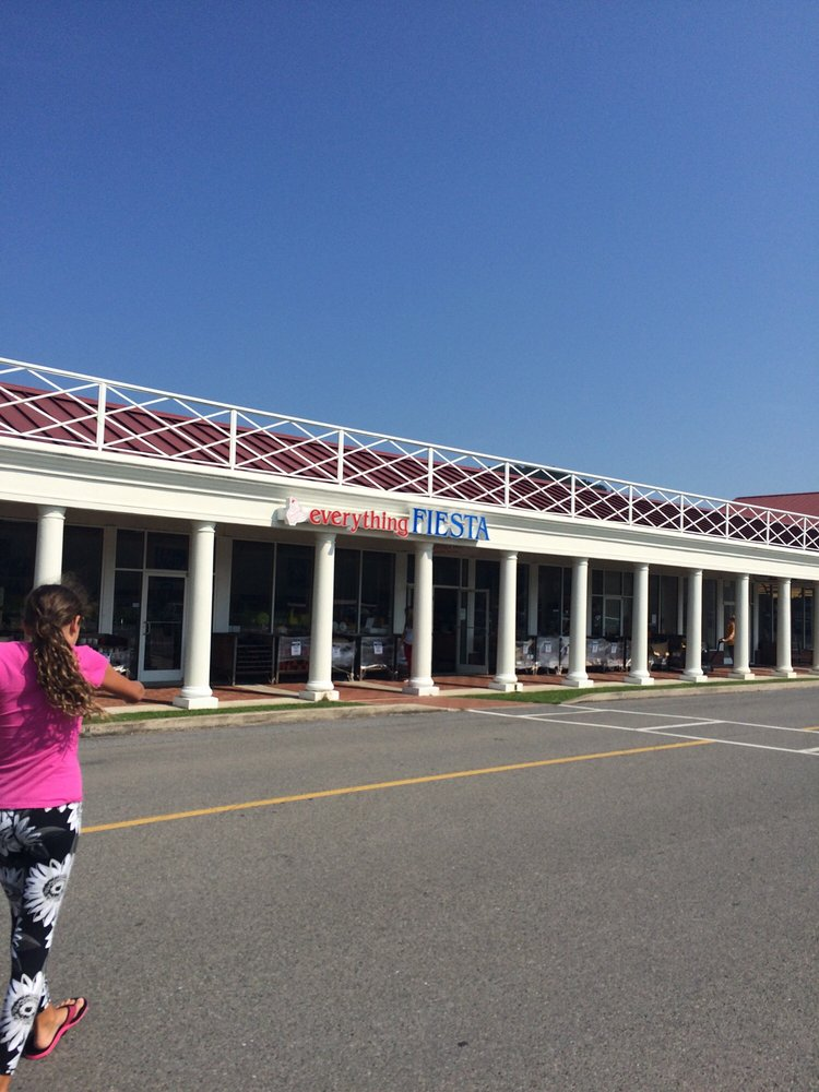 Flatwoods Factory Outlet Stores: I 79 Exit 67, Flatwoods, WV