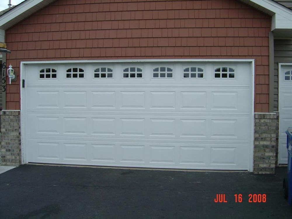Garage door replacement woodstock ga canton garage door for Garage door repair canton ga