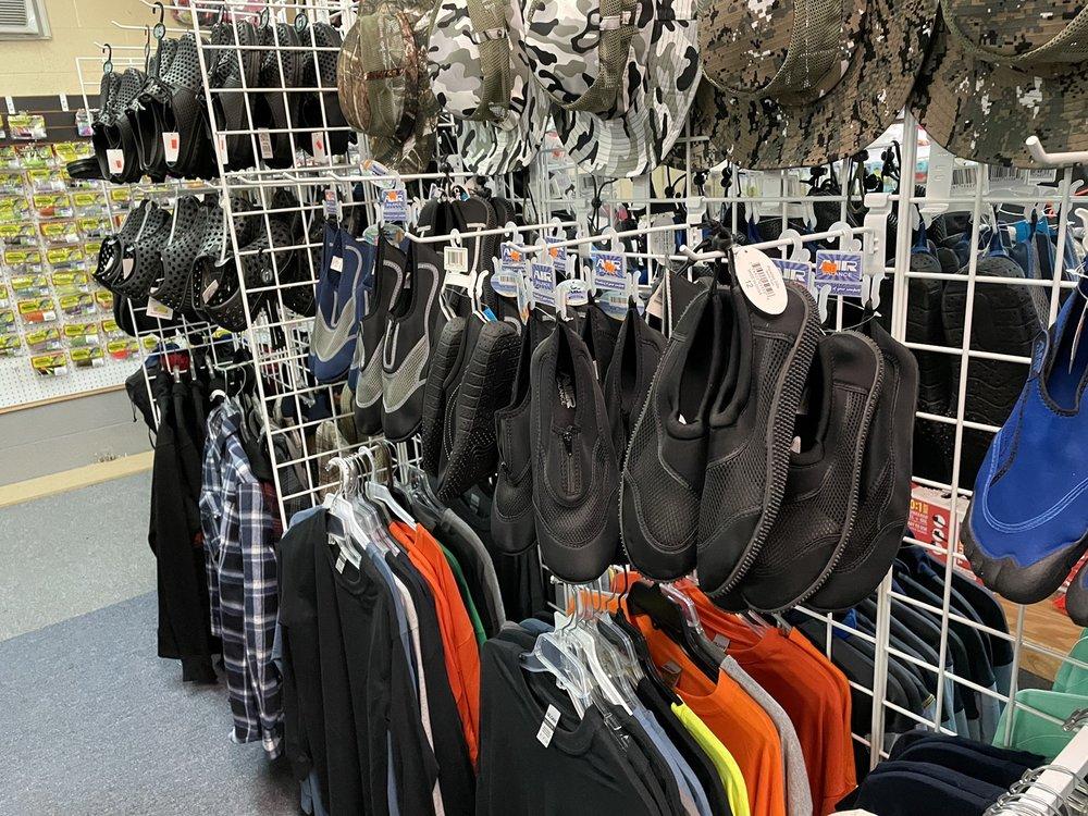 Pamela's Fashions & Bait Shop: 9069 Fm 729, Avinger, TX