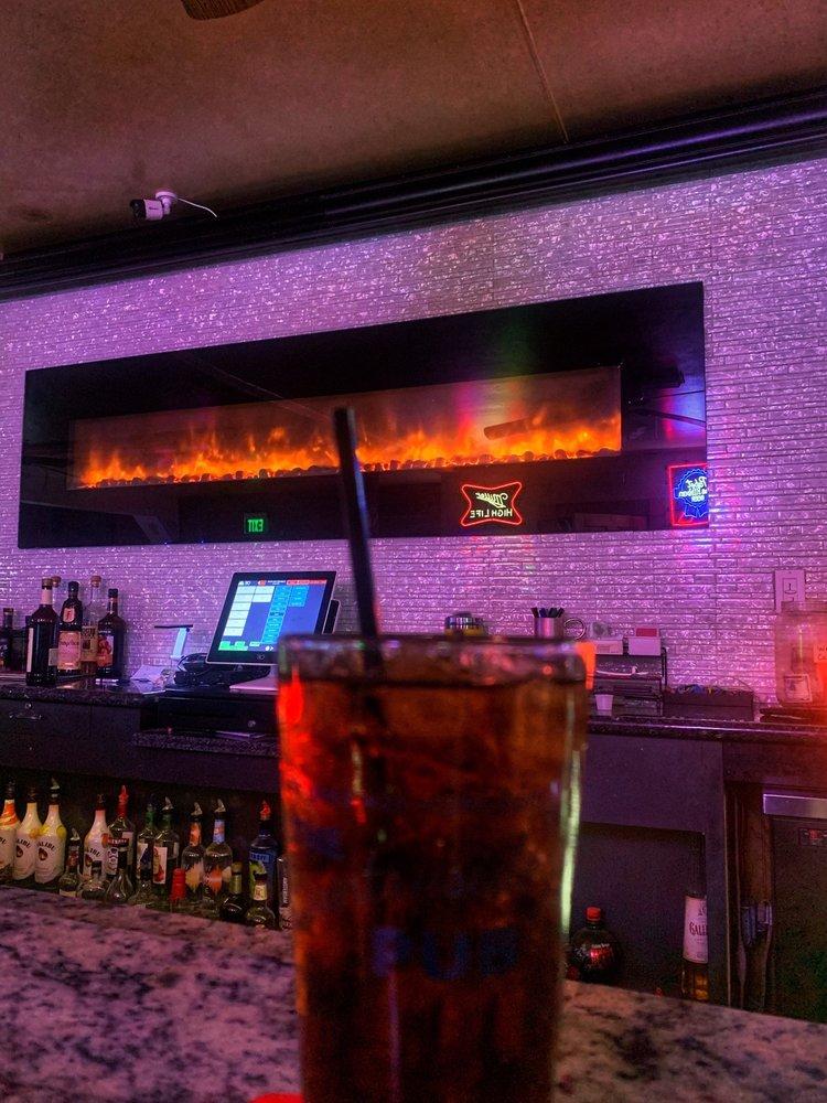 Countryside Pub: 8225 McHenry St, Burlington, WI