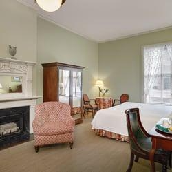 fulton lane inn 24 photos 32 reviews hotels 202. Black Bedroom Furniture Sets. Home Design Ideas