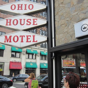 Ohio House Motel 23 Photos 59 Reviews Hotels 600 N La Salle Dr River North Chicago Il Phone Number Yelp