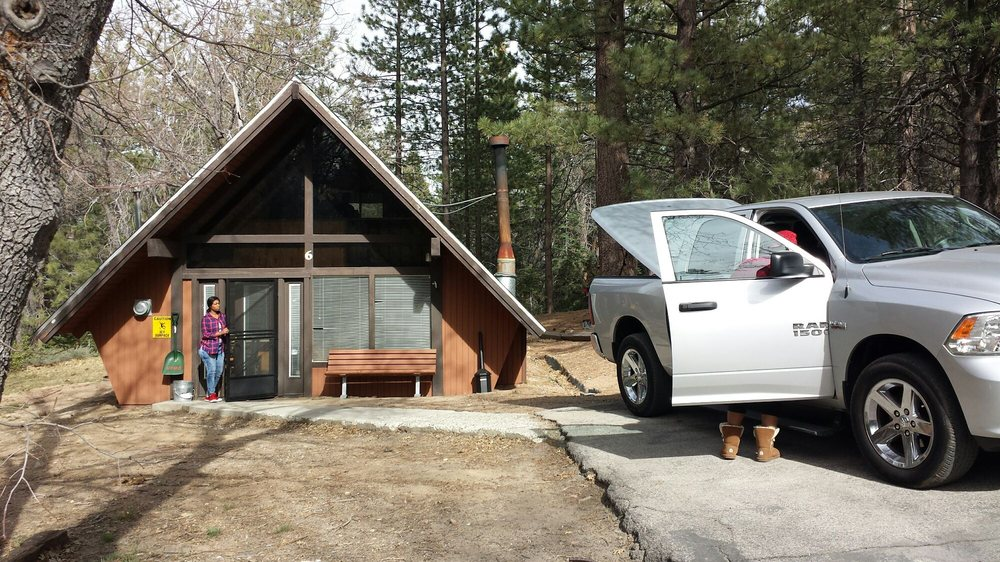 This was our cabin for our 2 day visit yelp for Usmc big bear cabins