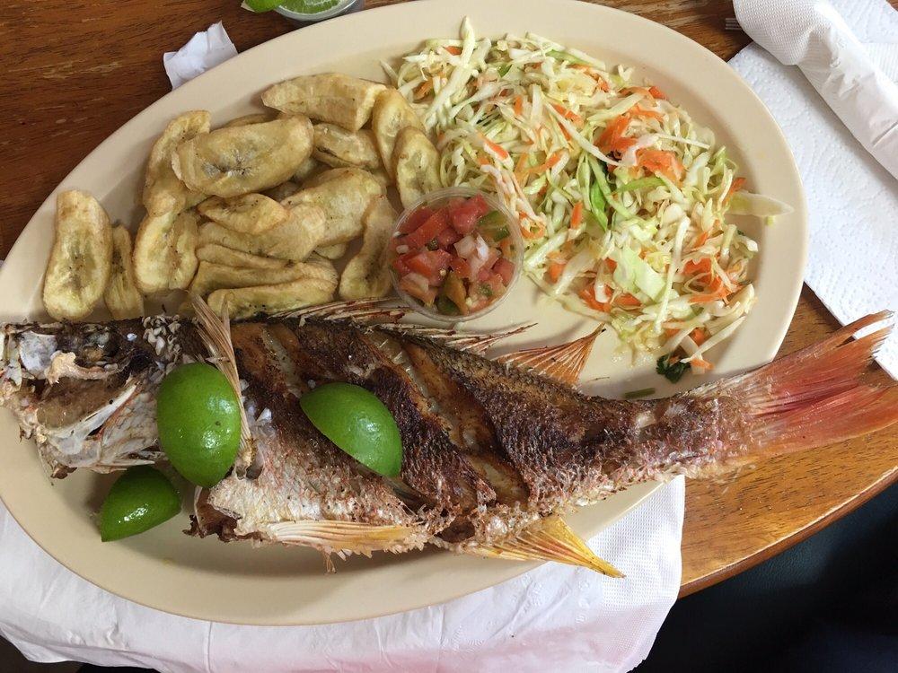 El pescado entero estilo lago de yojoa recomendado yelp for Comida para tilapia