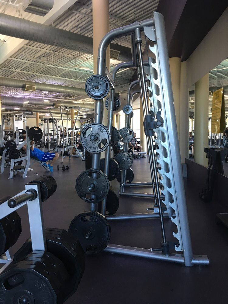 NAS Lemoore Gym and Fitness Center: 932 Hancock Cir, Lemoore, CA