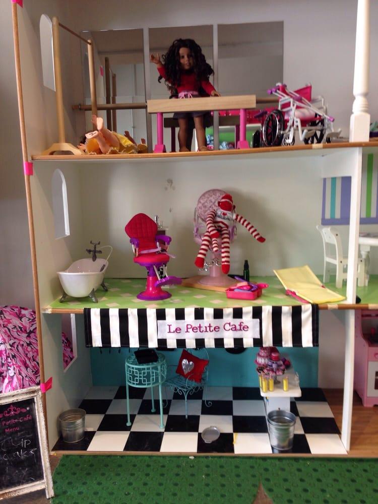 Sweet P Doll Studio 12 Photos