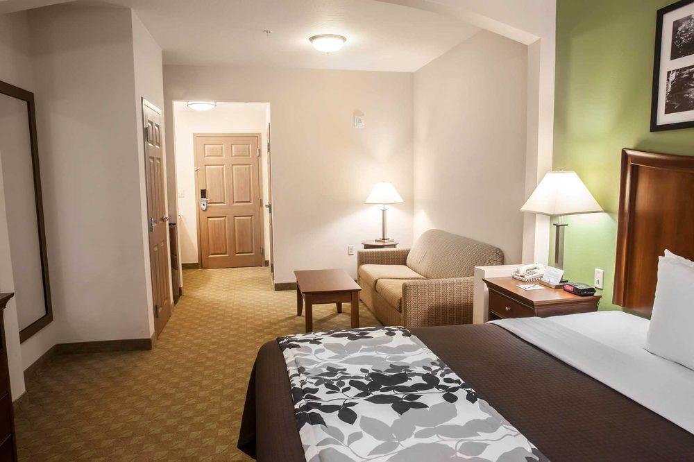 Sleep Inn & Suites: 1650 York Rd, Gettysburg, PA