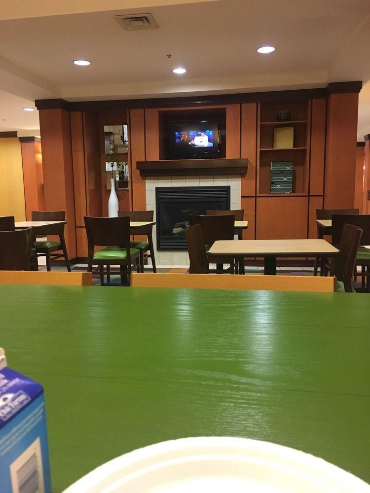 Fairfield Inn & Suites Lawton: 201 SE 7th Str, Lawton, OK