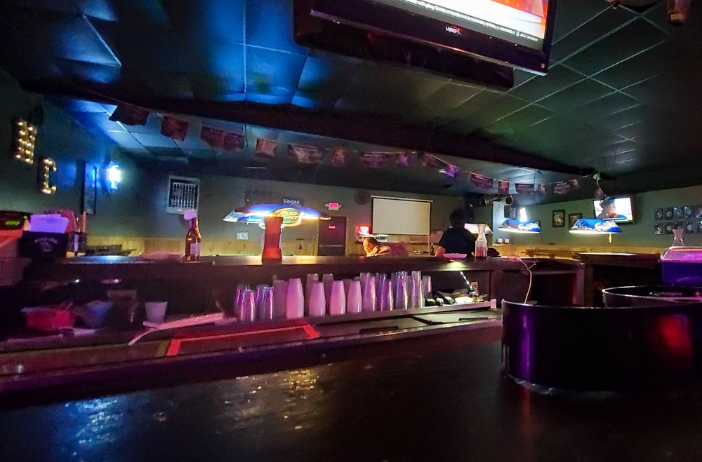 Neon Country: 954 N Jackson St, Jacksonville, TX