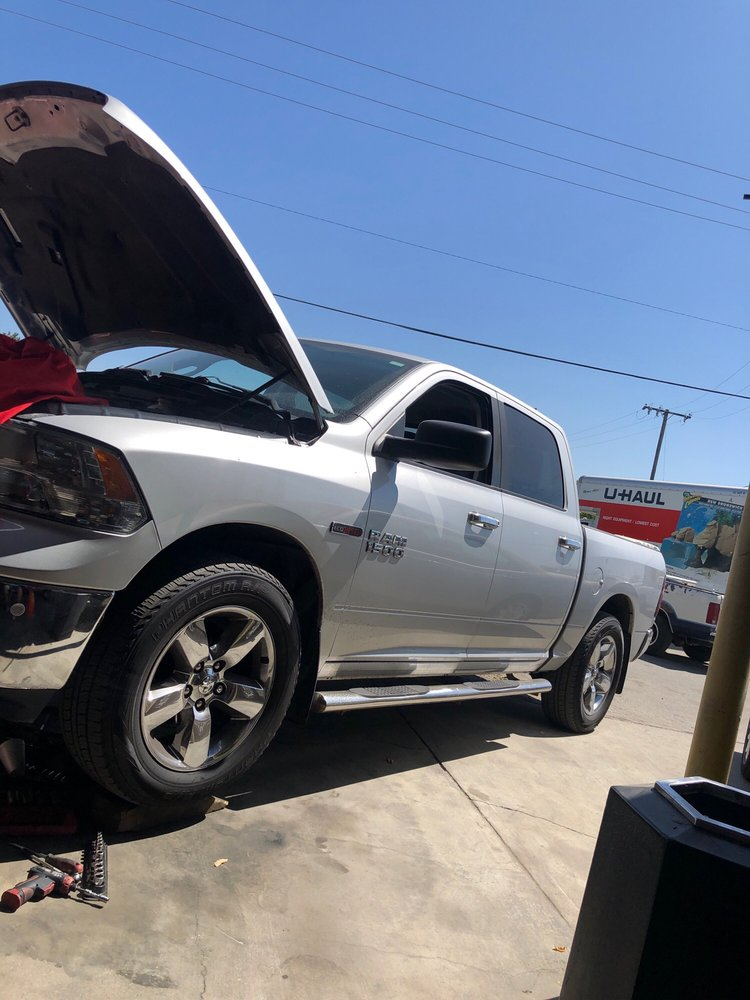 Rubens Auto X-Press: 928 S Front St, Earlimart, CA