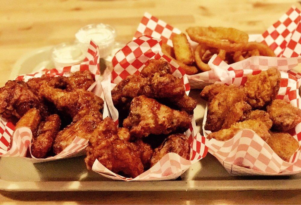 Boom Boom Chicken: 827 W Palmdale Blvd, Palmdale, CA