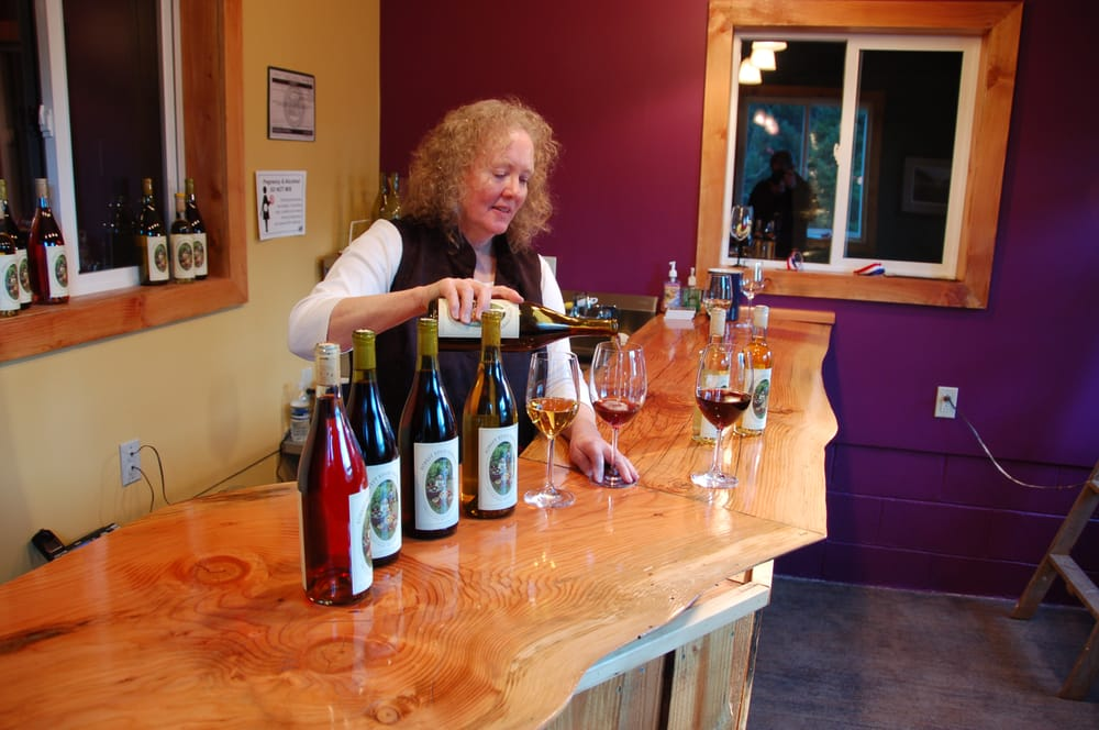 Forest Edge Vineyard: 15640 S Spangler Rd, Oregon City, OR