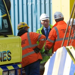 john sutch cranes ltd demander un devis mat riaux de construction st modwen road salford. Black Bedroom Furniture Sets. Home Design Ideas