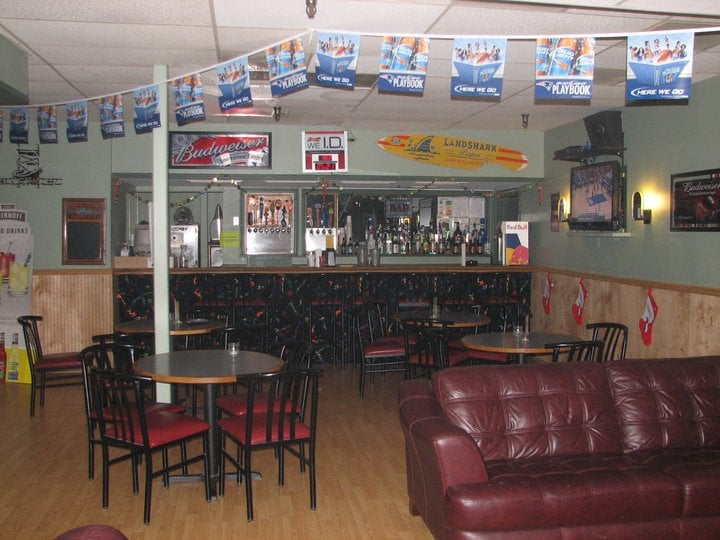 BB's Bar: 865 Putney Rd, Brattleboro, VT