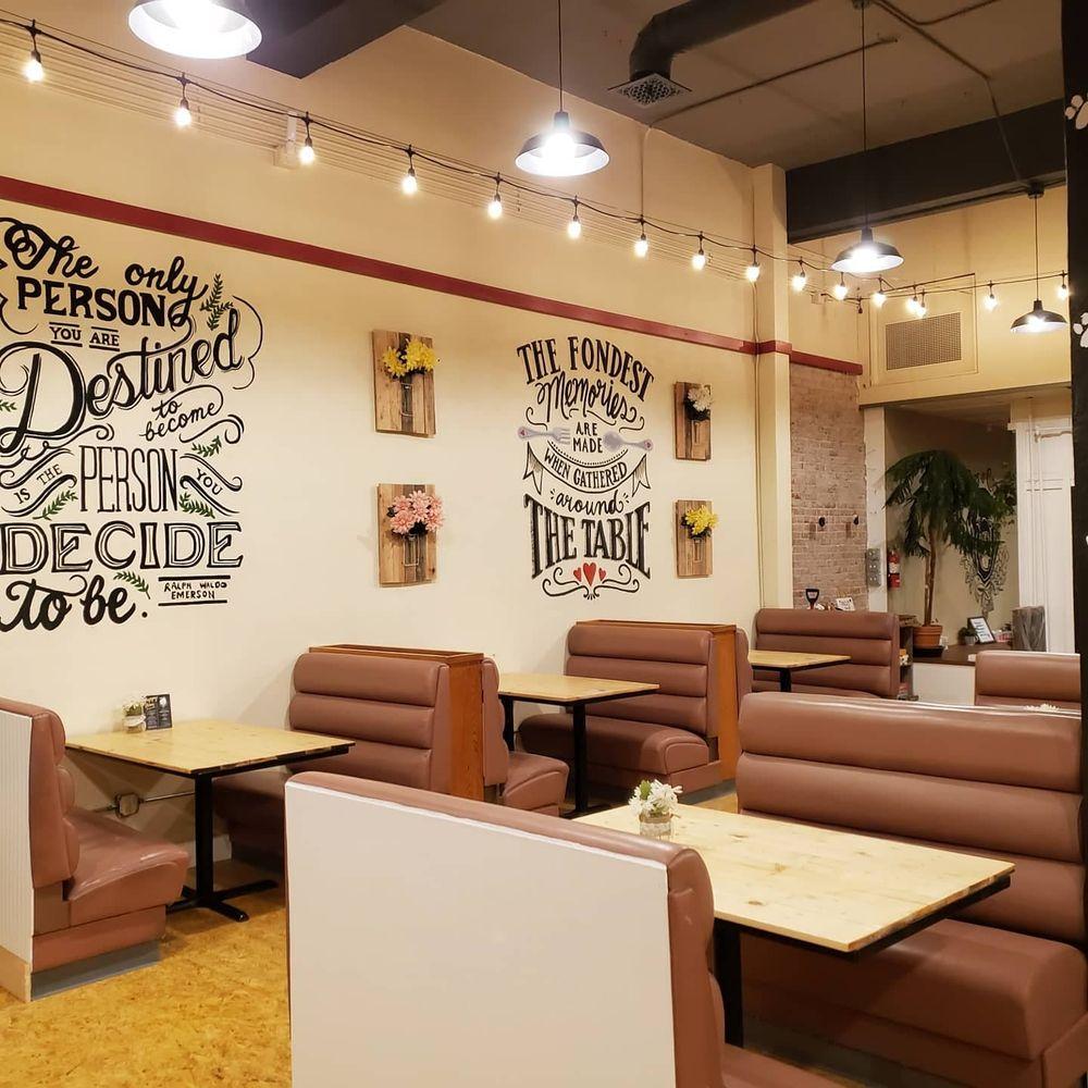 Pups & Cups Cafe: 250 E Main St, Pullman, WA