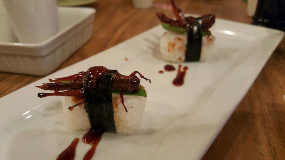 Sushi Mazi: 2126 SE Division St, Portland, OR