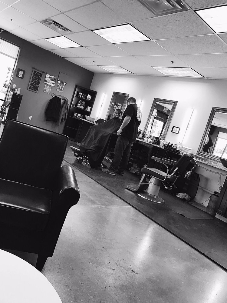 Joe's: A Barber Shop: 44480 W Honeycutt Rd, Maricopa, AZ