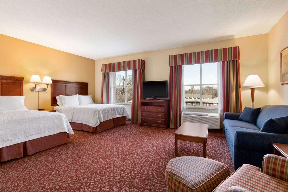 Hampton Inn & Suites Williamsburg Historic District - Williamsburg