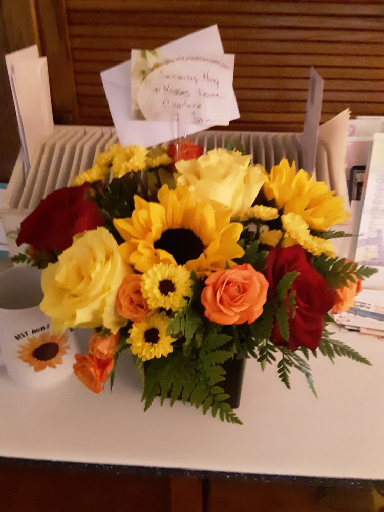 Fort Mohave Florist: 5221 S Highway 95, Fort Mohave, AZ