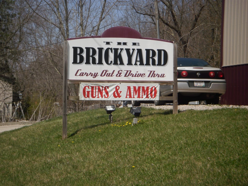 Brickyard Drive Thru: 19630 Lake Dr, Trimble, OH