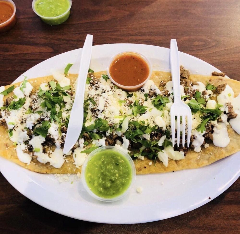 El Huarache Mexicano: 815 1st Ave W, Shakopee, MN