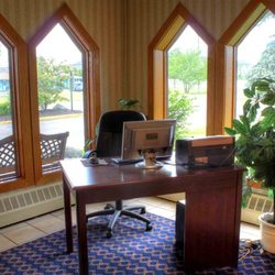 Photo Of Best Western Woodhaven Inn Mi United States Business Center
