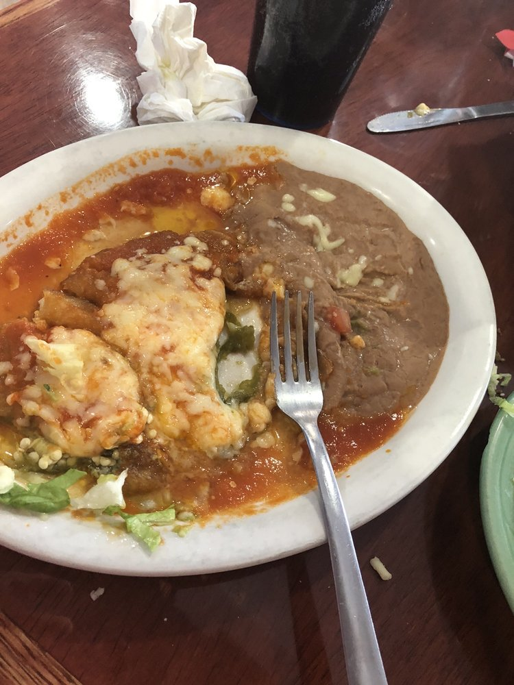 Checo's Mexican Restaurant: 106 W Russell St, Ironton, MO